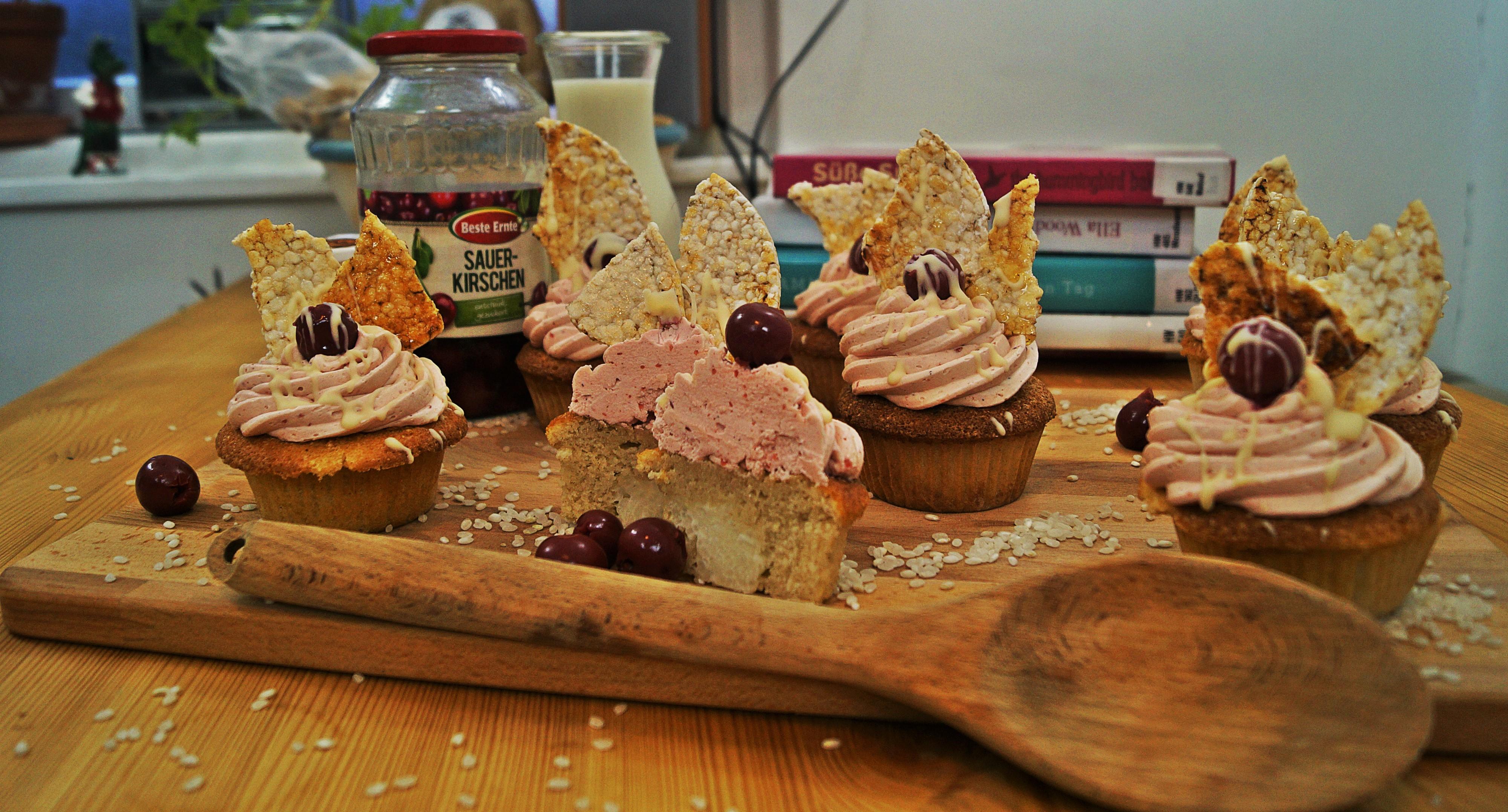 Rezept: Milchreiscupcakes mit Kirschfrosting